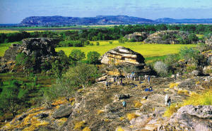 Kakadu Tour Rock painting site - Ubirr Rock